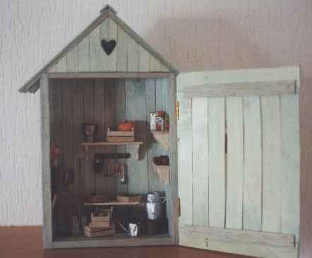 Côté Miniatures....l\'abri de jardin